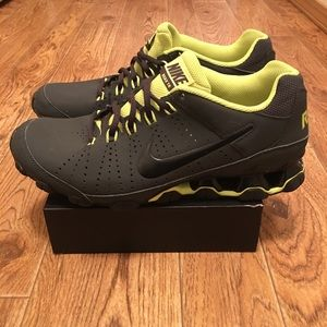NIKE Reax 9 TR Men's Training Shoes (gently used)